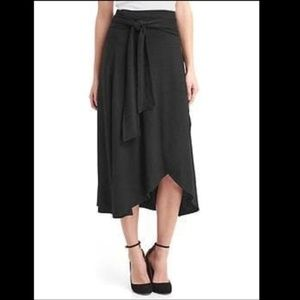 Like New Gap Softspun Wrap Midi Skirt Size XS